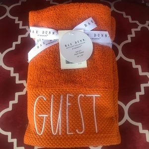 NEW FOR FALL 🍁 Rae Dunn Set of 2 Hand Towels